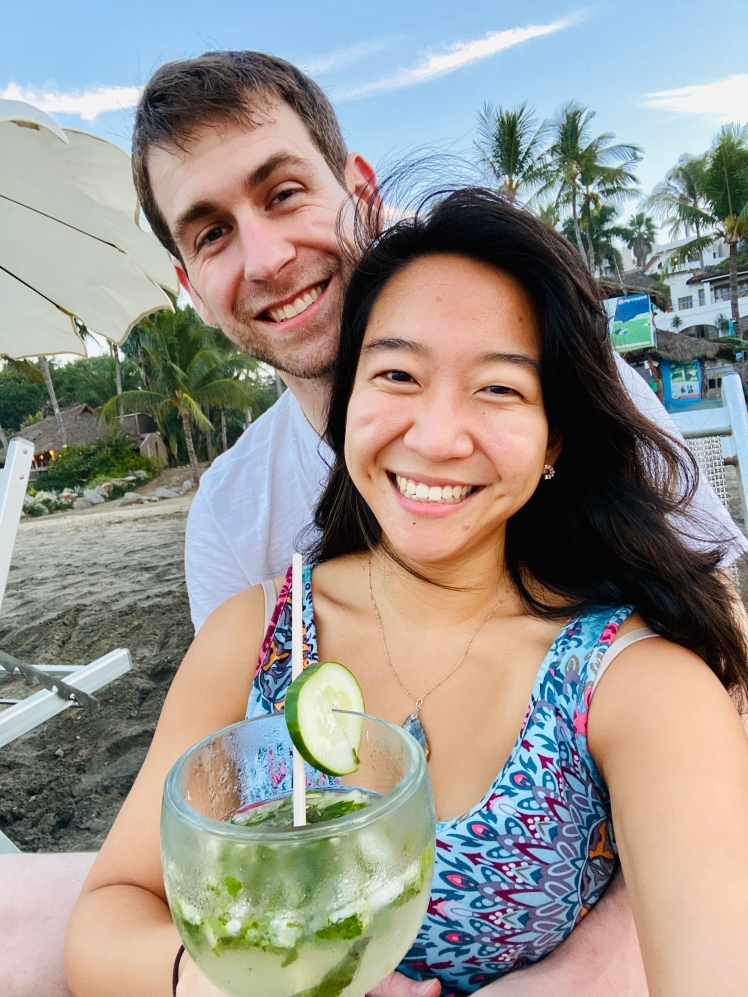 Couple drinking mojito