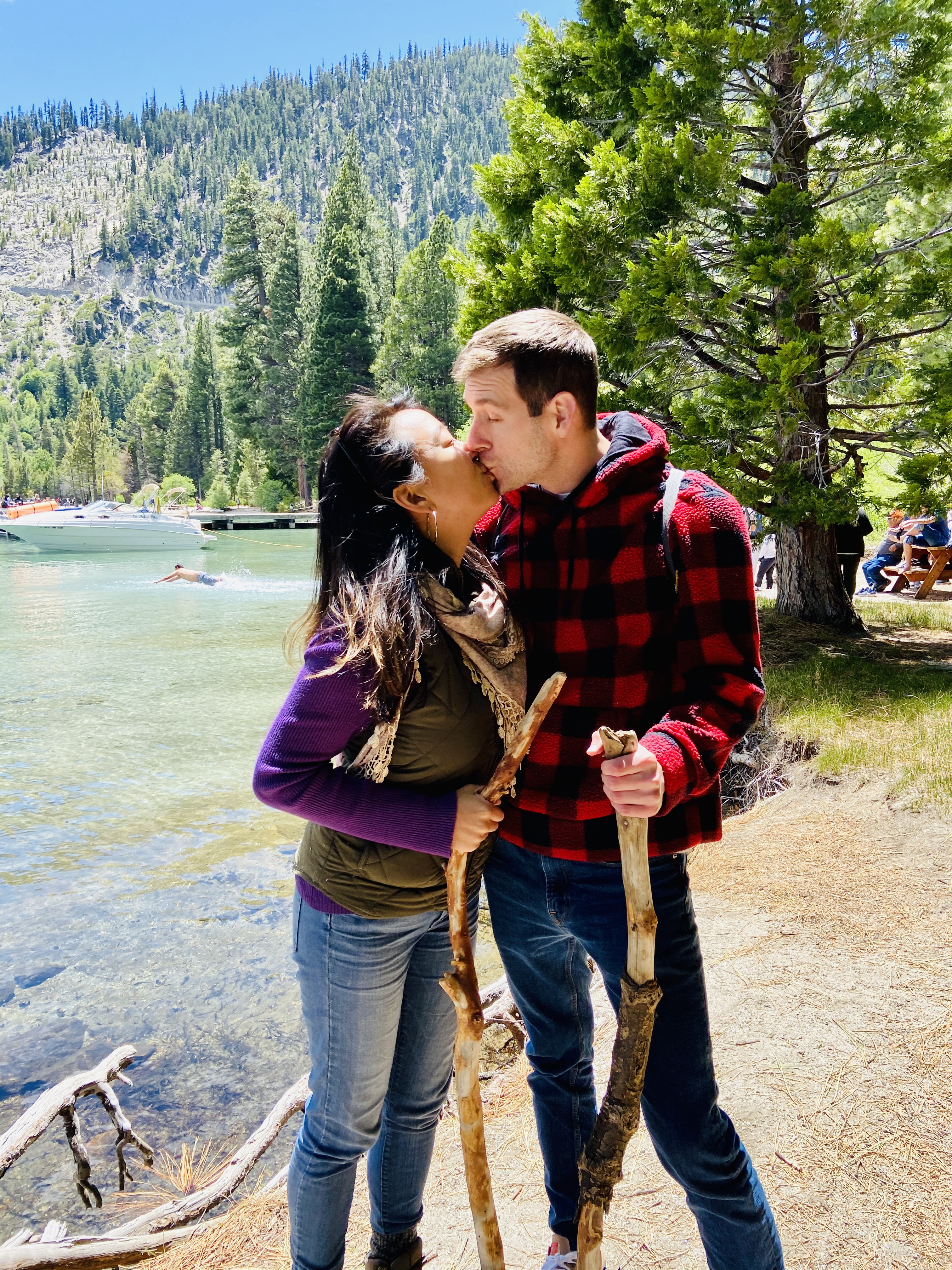 outdoorsy couple in love