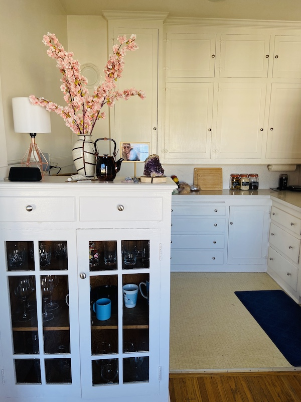Kitchen decor in Haight apartment