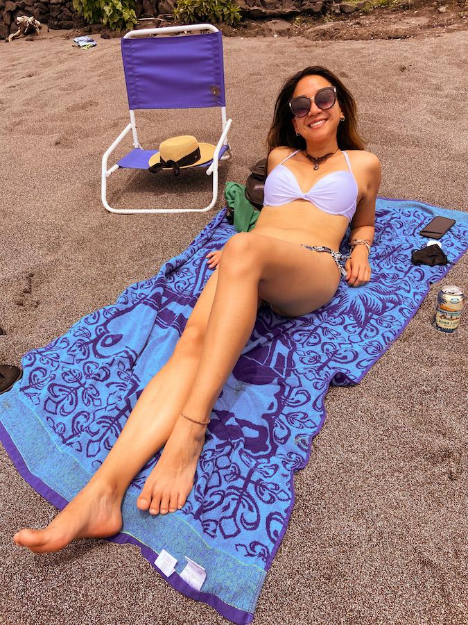 relaxing on Kahalu'u Beach Big Island