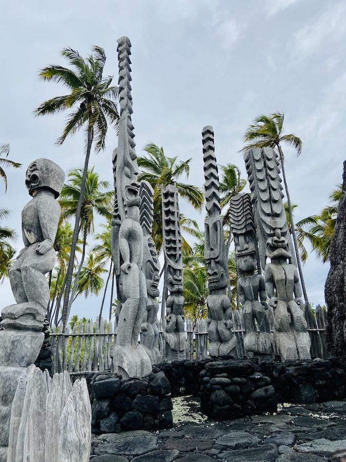 Historic artifacts on Pu'uhonua O Hōnaunau Historical Park