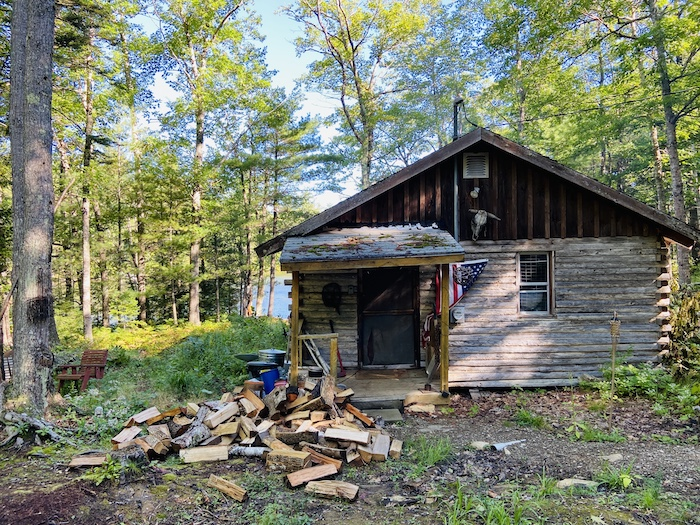 Rustic cabin in Maine